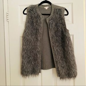 Xhilaration Faux Fur Sweater Vest Size Small